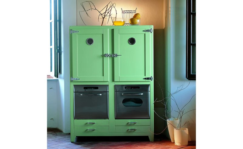vintage refrigerators presented by PortobelloStreet.es
