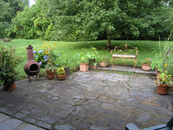 The Use Of Stone For Patios Is ...