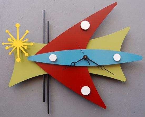 09 may clock red boomerang2005 06 03