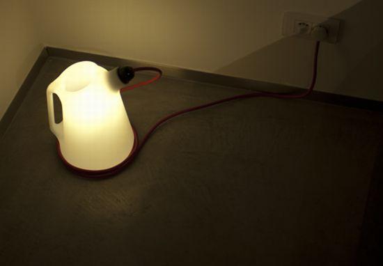 31 05ltablelamp2010pieterbostoen05