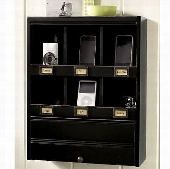 vintage look modern functionality wall organizer with. Black Bedroom Furniture Sets. Home Design Ideas