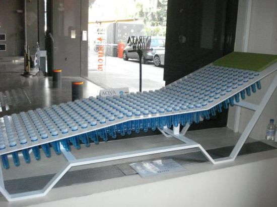 Remarkable Aqva Lounge Chair Made Up Of Water Filled Plastic Bottles Unemploymentrelief Wooden Chair Designs For Living Room Unemploymentrelieforg