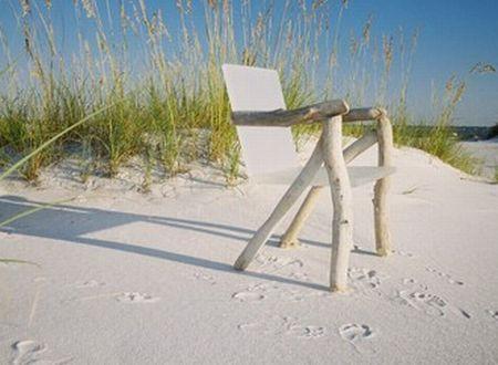 bare bone ghost chair3