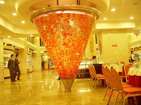 Most unusual and creative fish tanks hometone for Creative fish tanks