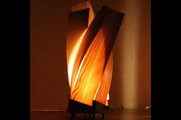 10 artistic wooden lamps for retro futuristic decor - Hometone