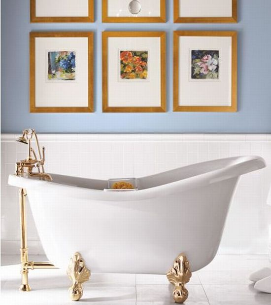 clawfoot bathtub 1