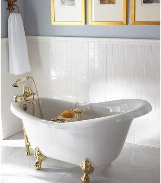 clawfoot bathtub 2