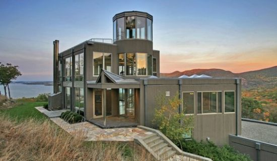 contermporary glass house 1