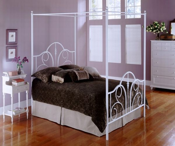 Contour White Canopy Bed