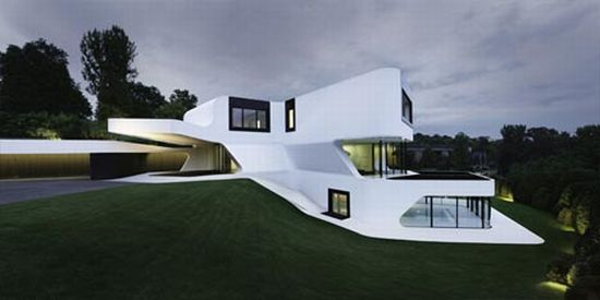 curved modern house 3
