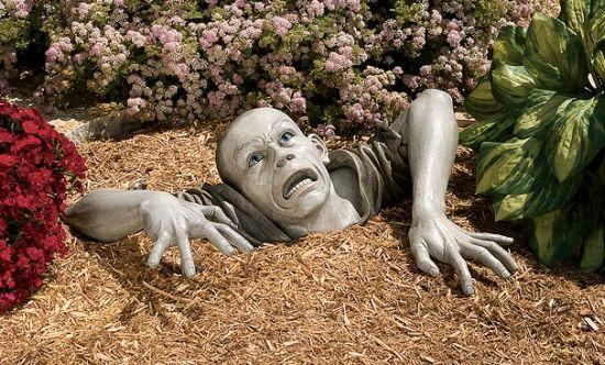 design toscano  zombie