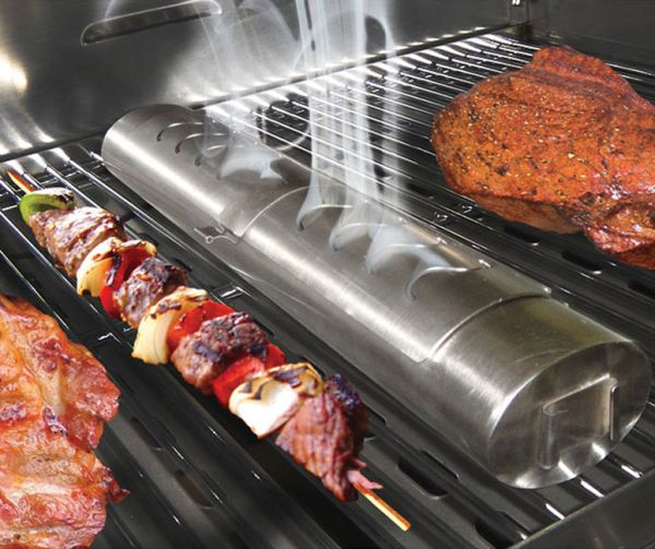 Flameless grill smoker to enhance the flavors