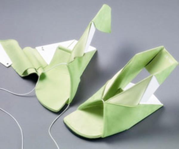 Flat Folded Shoe