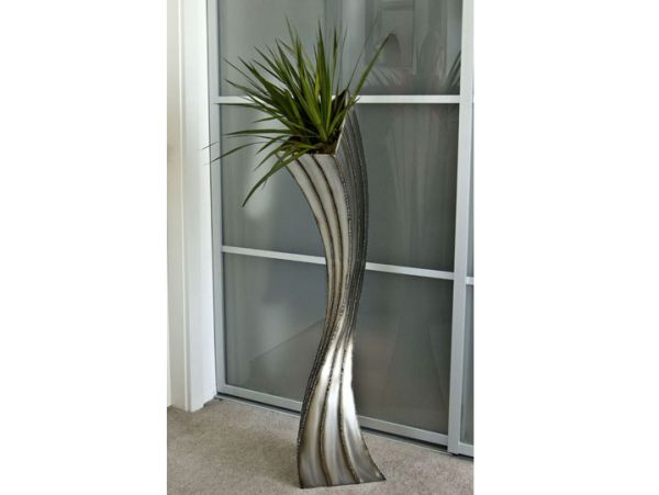 Floor Planter - vertical bead stripe
