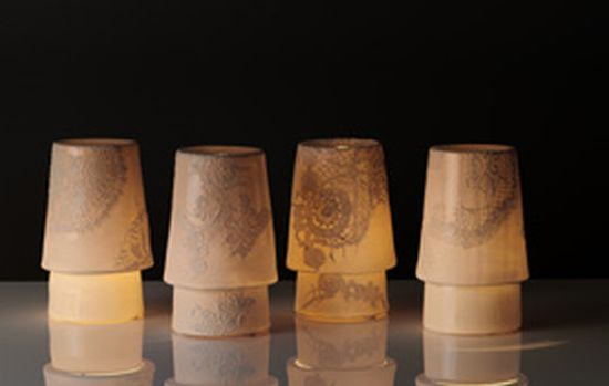 ghost porcelian lamp