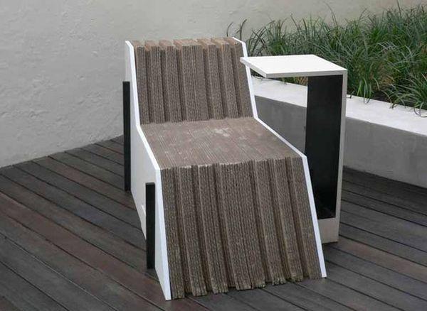 Giusto Lounge Chair by Wynne Yang
