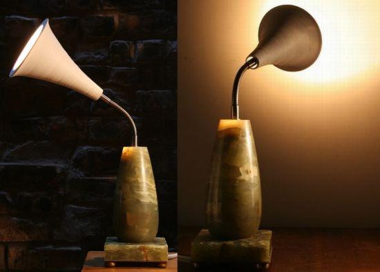 gramophone lamp2