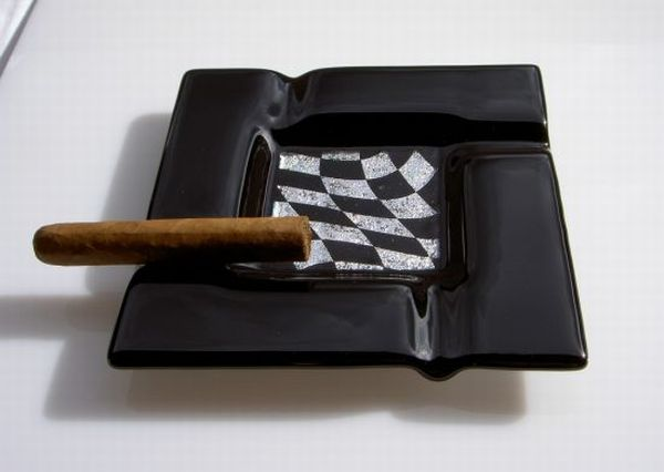 Grand prix ashtray