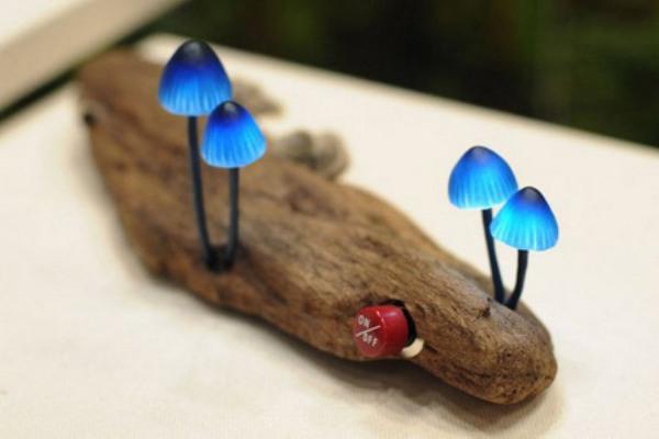 Great Mushrooming LED Lamp