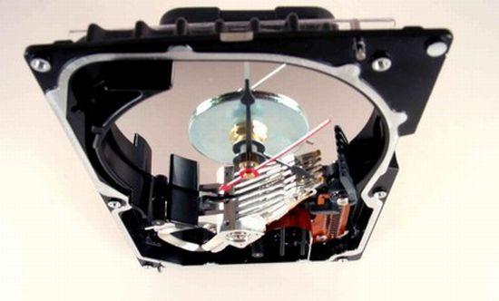 hard drive desk clock2