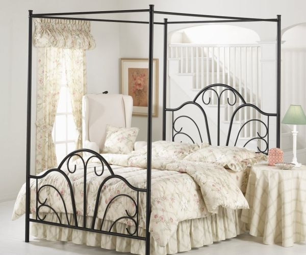 Hillsdale-Dover Canopy Bed in Textured Black