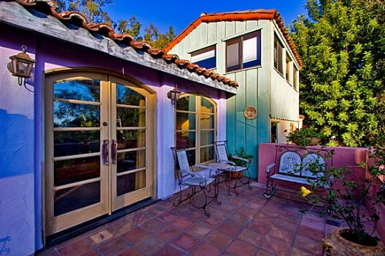 hollywood hill home8