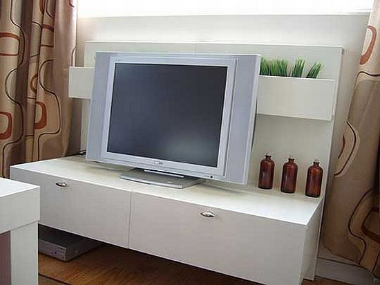 ikea bedtable turned tv stand vymOe 58