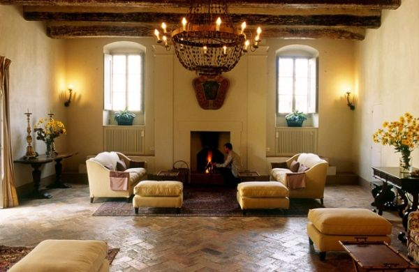 Spanish Homes Are Not Just Stylish In Décor But They Also Look Welcoming Cozy And Bright The Lively Colors Relaxed Sunny Siestas A Touch Of Olden