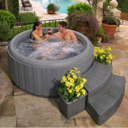 Cool portable hot bathtubs hometone home automation for Hot tub types