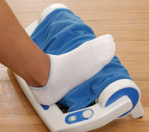 kneeding foot massager