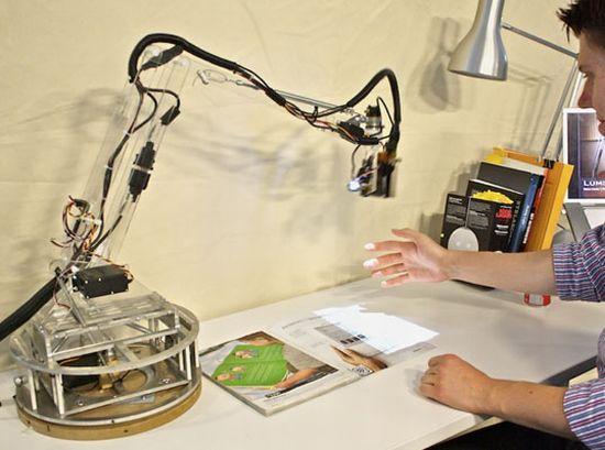 luminar desk assistant 1