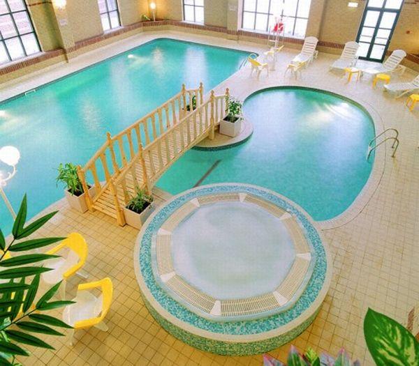 12 posh designs of indoor pools inside luxury homes hometone - Indoor pool in homes ...