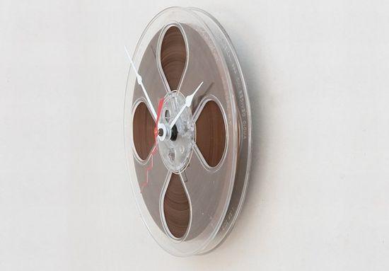 magnetio tape reel clock1