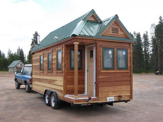 Downsizing Life Through Mini mobile Cottage Hometone
