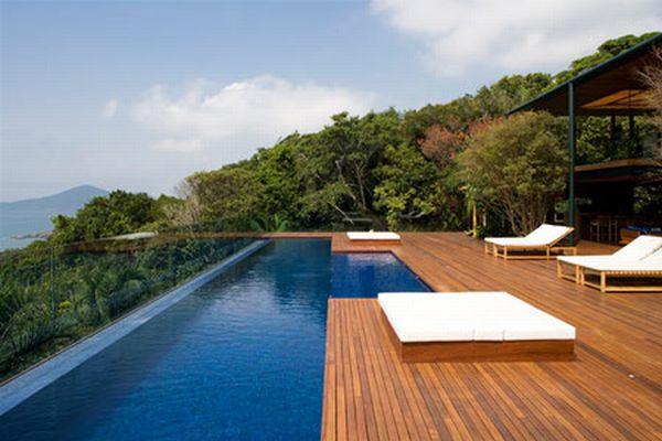 Modern Pool Landscape Design