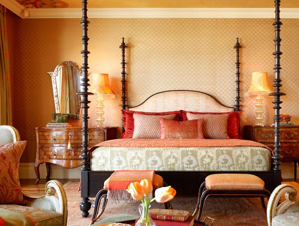 How to decorate a Moroccan themed bedroom