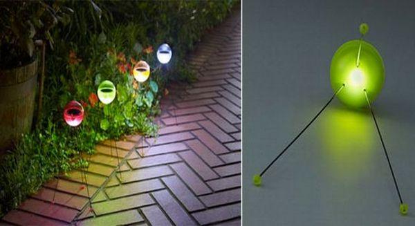 Multi-hued solar ball lights