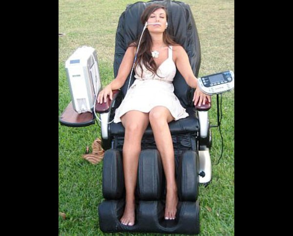 O2 Lounge Chair