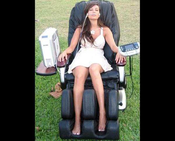 O2 Lounge Chair