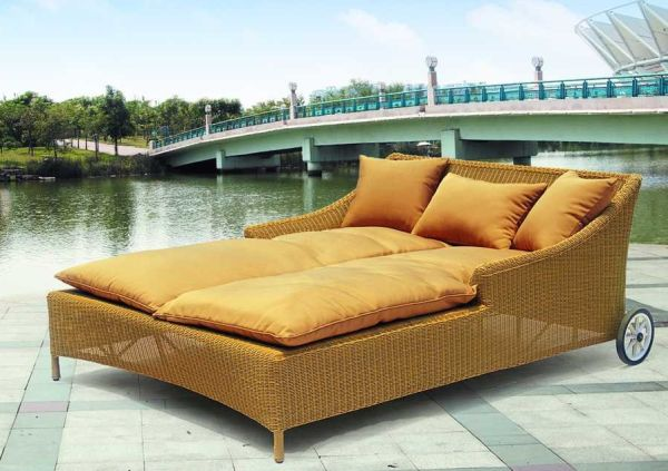 Seven outdoor lounge beds to relax in comfort Hometone Home