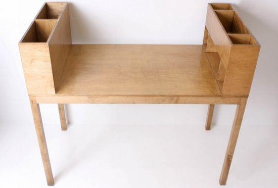 paul desk2