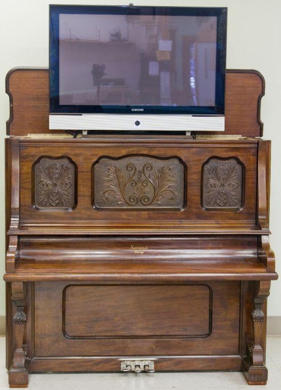 piano tv desk