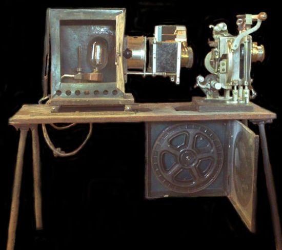 powers cameragraph 35mm handcrank movie projector
