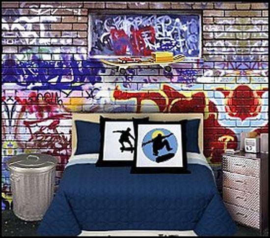Tips treat get that punk bedroom for your teen home for Bmx bedroom ideas