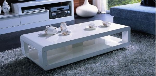 Add A Touch Of Cliness With An Elegant White Coffee Table