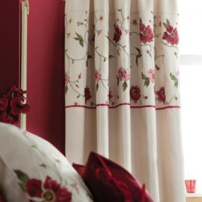 Bedroom Curtains For Stylish Homes Hometone