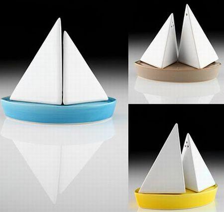 sailboat salt and pepper shaker1