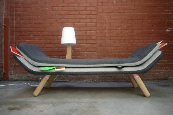 Sofa places things systematically