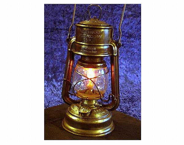 How To Convert An Old Kerosene Lantern Into A Sparkling
