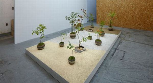 Strata flower pot